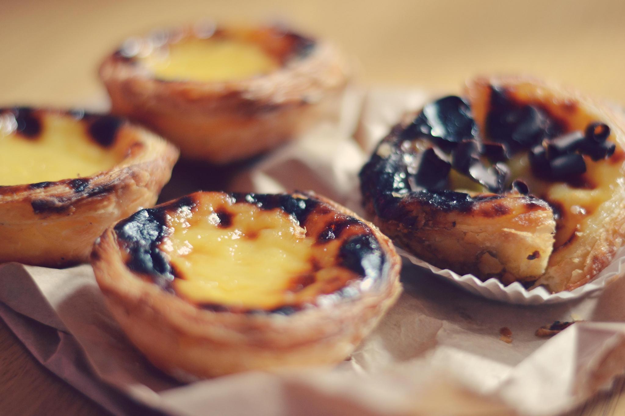 Il proposent bien sûr les classiques de la pâtisserie traditionnelle  portugaise. Le Bolo,Rei, l\u0027équivalent de la galette des Roi mais ici en  brioche ronde