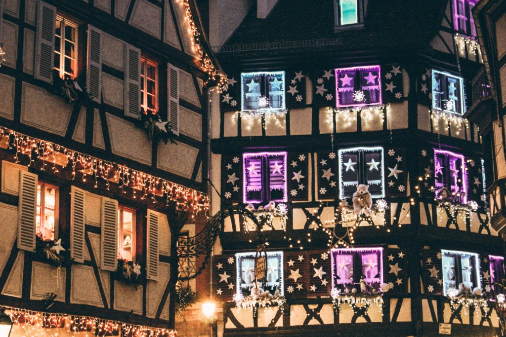 Illuminations de Noël en ville - marché de Noël